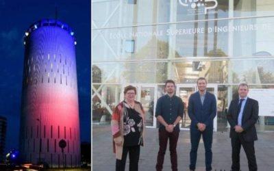 Trois étudiants ingénieurs planchent sur les couleurs du château d'eau
