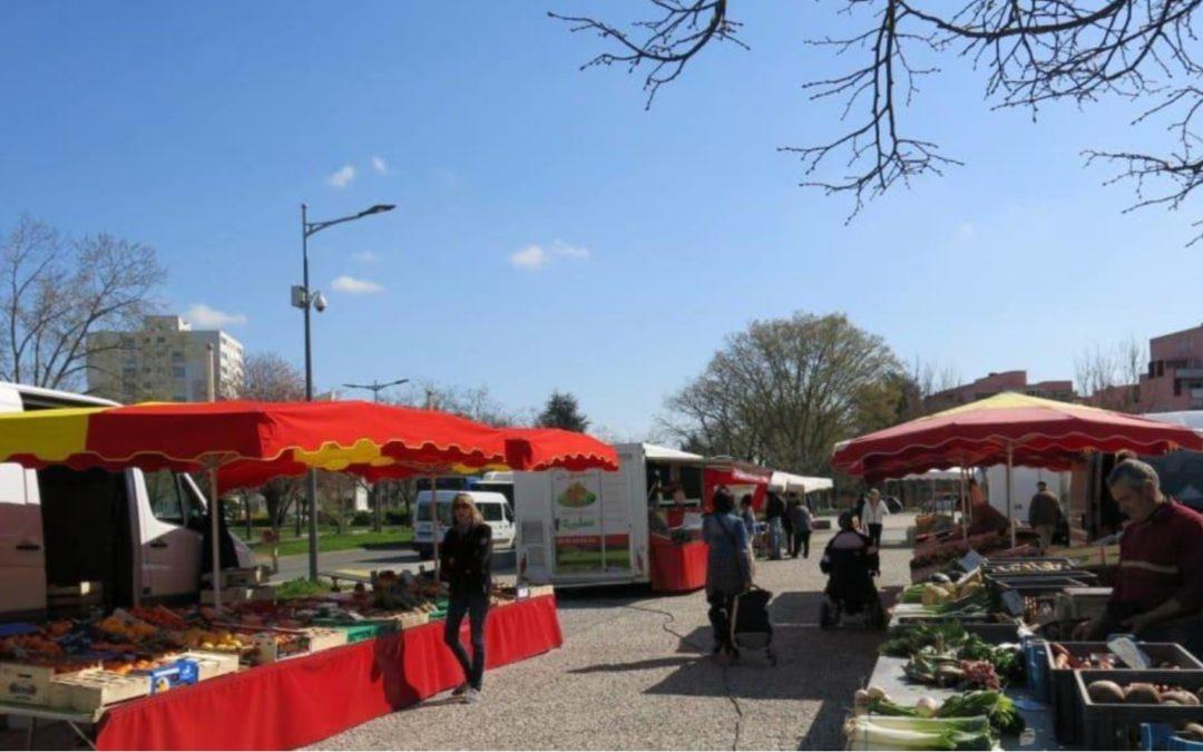 Poitiers : premier jour de confinement, les marchés de proximité désertés